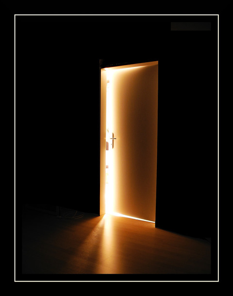 the_mysterious_door